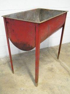 Columbus Architectural Salvage - Vintage Metal Wash Tub galvanized tub planter, wash tub sink, wash tubs, mudroom sink, outdoor gardens