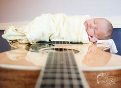 Newborn Photography Idea, Newborn guitar, baby girl, guitar, Colorado Newborn Photographer, Lindi Todd Photography
