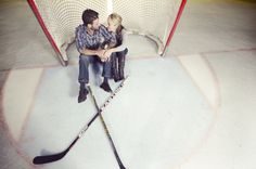 Hockey engagement pictures? Yes, please.
