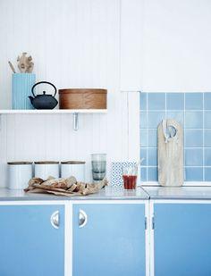 Cute blue and white kitchen #blueandwhite