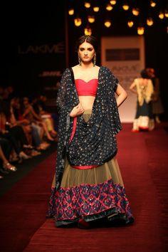 Bridal Fashions http://maharaniweddings.com/gallery/photo/20612 @Shiv Sachdeva Gopal Music/designer-shyamal-bhumika