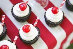Straws used as cupcake decoration