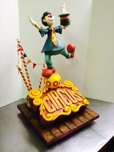 Sculpted Cakes on Pinterest 60th Birthday Cakes, Hands ...