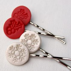 If you are looking for an easy and a fun DIY hair accessories project to make for the Christmas season, then these Jolly Polymer Clay Hair Pins are just for you. This tutorial will teach you how to make hair accessories using polymer clay to create cute and sweet snowflake and holly hair pins.