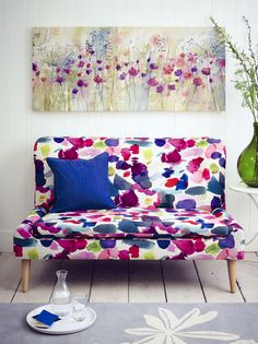White Wood | Painted Clapboard | Colorful Sofa | Wall Decor | Watercolor Trend | Colorful Wallpaper | Abstract Pattern | Home Design