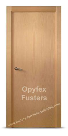 Oferta en puertas de madera maciza para interior en for Puertas madera barcelona