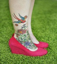 http://fash4fashion.com/cute-tatoos-on-feet-for-girls/