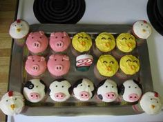 Farm animal party cupcakes!