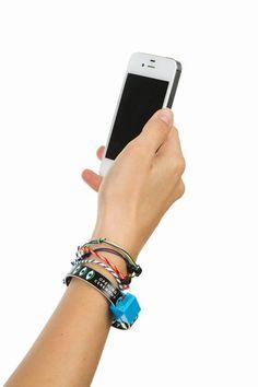 MOHZY X OPENING CEREMONY iPHONE USB BRACELET