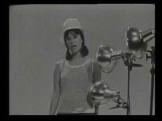 ASTRUD GILBERTO - THE GIRL OF IPANEMA