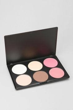 bh cosmetics Contour & Blush Palette -  need to search around for best price! but i definently NEED this!!
