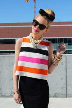 Awesome loose striped top matched with pencil skirt. A modern 60's style!