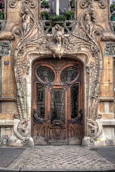 androphilia:    Immeuble Lavirotte, 29 Avenue Rapp, Paris, France