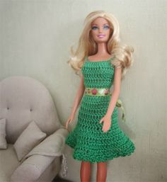 Miss Barbie presents today a new dress