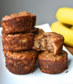 flourless banana bread muffins - Hungry Happens!