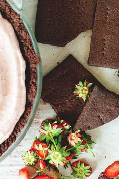 Strawberry Mousse Pie (gluten-free).