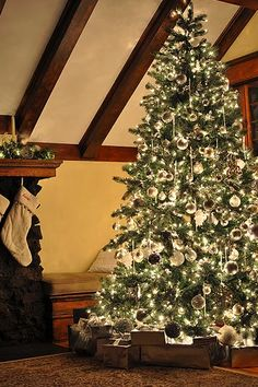 Christmas light photography hints