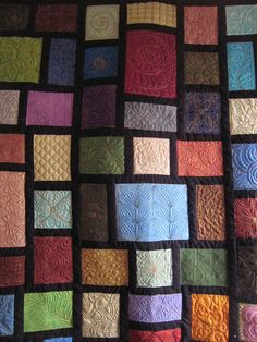 free motion quilting by beckybeesquilting, via Flickr