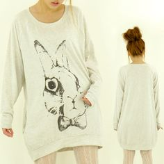 I'd totally wear this. I want it. =]