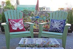 garden grow, garden chairs, pillow, benches, nice garden