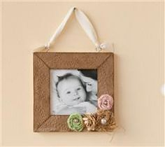 Create this elegant little frame for your favorite picture!