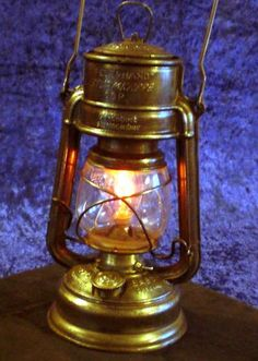 how to adapt a kerosene lamp to use a battery & bulb