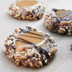 Insanely Delicious Turtle Cookies & other recipes that would be good for holiday baking | best stuff
