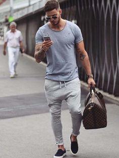 gym style // gym gear // gym bag // urban men // stylish // mens fashion // city boys // urban men // watches // sun glasses //