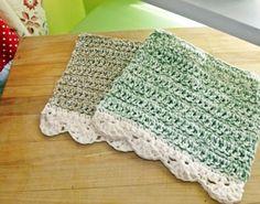 Crochet Dish Cloths in green and cream, vintage. #crochet