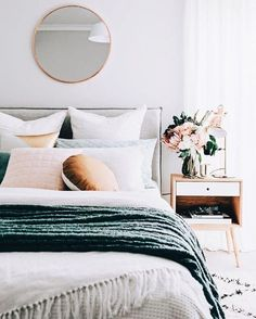Such deep yet calming colours for a bedroom!