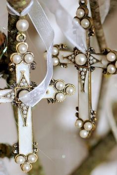 Crosses with pearls... Just Beautiful!