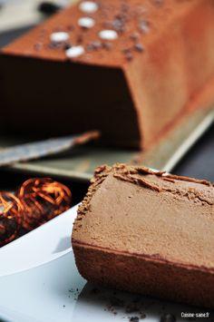Recette sans gluten, sans oeuf, sans lait: bûche de Noël chocolat - noisettes