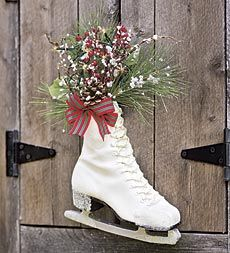 Lighted Ice Skate with auto on/off timer for an elegant, easy holiday display.