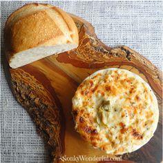 Cheesy roasted garlic and artichoke dip