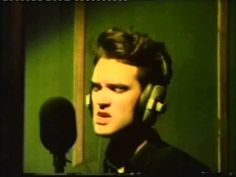 ▶ The Smiths: Nowhere Fast - YouTube
