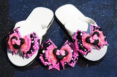Glitter Pink Minnie Ribbon Flip Flops and Minnie Hair Bow with Polymer Bead to Match - Custom Boutique Set