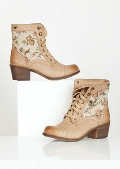 Roxy Newton Boot - Boots - Shoes - dELiA*s I want these so bad!!!! they are absolutely adorable Shoes, Style, Roxi Newton, Soft Tan, Militari Boot, Mute Floral, Fall Fashion, Newton Boot, Boots