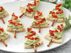 holiday, sour cream, pretzel, appetizer recipes, bread, christmas appetizers, bell peppers, pita, christmas trees