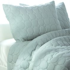 Rizzy Home Solid Quilt 3 Piece Quilt Set in Spa Blue