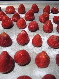 How to freeze whole strawberries