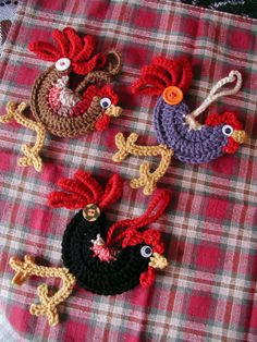 Little Crocheted Roosters, perfect for hanging on a Christmas Tree, from a knob of your kitchen cabinet, or anywhere you want to brighten up. Upon ordering indicate in the notes section which rooster you want (black, blue or brown) Unless you can't stand it and have to have them all!- I thought about making roosters when I saw birds made like this - Now someone's beat me to it!