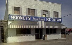 Mooney's Ice Cream - Saginaw, MI oh the memories (Unfortunately closed in 1996.)