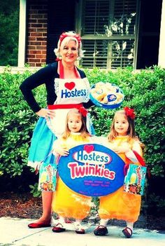 Creative Halloween Costumes: Hostess lady and her Twinkies