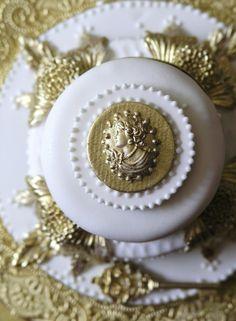 Regal Old World inspired mini cakes!  #SugarRealm #WeddingCakes #Cakes #GoldWhiteCakes