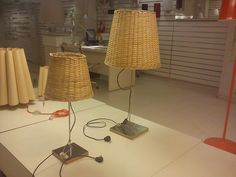 Mimbre table lamp
