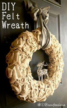 christma wreath, christmas wreaths, felt wreath, felt christmas, christma decor, make flowers, felt flowers, diy projects, diy christmas