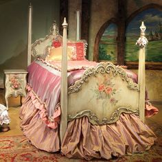 ROYAL LUXURY ANTIQUE CHIC STYLE 4 POSTER BED: SEE THE OTHER COLLECTION