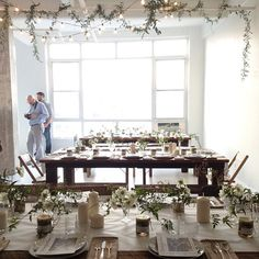 table & garlands
