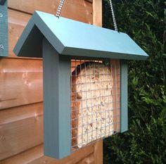 toast bird feeder