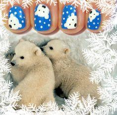 Polar bears nail art. Animals. Nail Polish. Nails. Creative. Beautiful. *-*